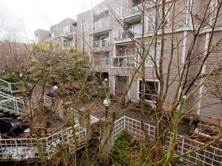 "Photo 25: 26 788 W 15TH Avenue in Vancouver: Fairview VW Townhouse for sale in ""SIXTEEN WILLOWS"" (Vancouver West)  : MLS®# V938784"