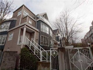 """Photo 1: 26 788 W 15TH Avenue in Vancouver: Fairview VW Townhouse for sale in """"SIXTEEN WILLOWS"""" (Vancouver West)  : MLS®# V938784"""
