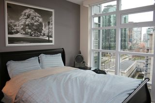 "Photo 4: 902 1205 W HASTINGS Street in Vancouver: Coal Harbour Condo for sale in ""CIELO COAL HARBOUR"" (Vancouver West)  : MLS®# V949878"