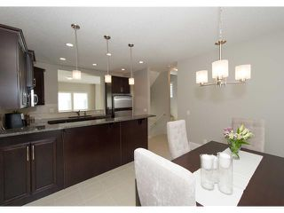 Photo 12: 911 WENTWORTH Villa SW in CALGARY: West Springs Townhouse for sale (Calgary)  : MLS®# C3532088