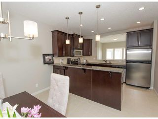 Photo 8: 911 WENTWORTH Villa SW in CALGARY: West Springs Townhouse for sale (Calgary)  : MLS®# C3532088