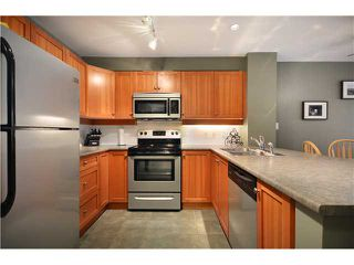 "Photo 5: 303 15 SMOKEY SMITH Place in New Westminster: GlenBrooke North Condo for sale in ""THE WESTERLY"" : MLS®# V981609"