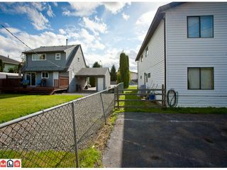 Photo 8: 20199 53RD AV in Langley: Langley City Home for sale : MLS®# F1125426