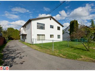 Photo 2: 20199 53RD AV in Langley: Langley City Home for sale : MLS®# F1125426