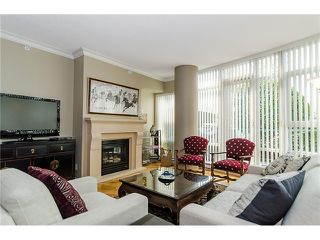"Photo 3: 1035 MARINASIDE Crescent in Vancouver: Yaletown Townhouse for sale in ""Quaywest"" (Vancouver West)  : MLS®# V1003827"