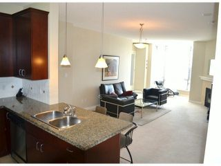 "Photo 5: 206 1581 FOSTER Street: White Rock Condo for sale in ""THE SUSSEX"" (South Surrey White Rock)  : MLS®# F1310971"