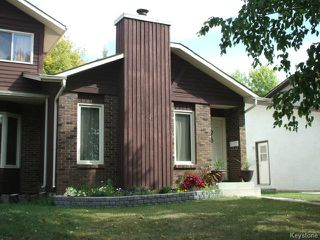 Photo 2: 213 Red Oak Drive in WINNIPEG: North Kildonan Residential for sale (North East Winnipeg)  : MLS®# 1320584