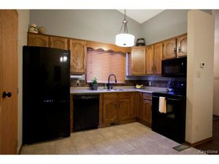 Photo 9: 213 Red Oak Drive in WINNIPEG: North Kildonan Residential for sale (North East Winnipeg)  : MLS®# 1320584
