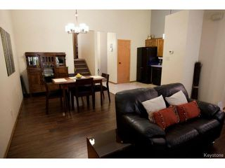 Photo 5: 213 Red Oak Drive in WINNIPEG: North Kildonan Residential for sale (North East Winnipeg)  : MLS®# 1320584