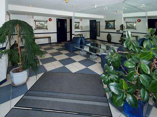 "Photo 12: 402 4758 53RD Street in Ladner: Delta Manor Condo for sale in ""SUNNINGDALE III"" : MLS®# V1075511"