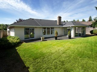 """Photo 2: 5625 GOLDENROD Crescent in Tsawwassen: Tsawwassen East House for sale in """"FOREST BY THE BAY"""" : MLS®# V1076232"""
