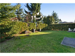 Photo 9: 1640 145th Street in Surrey: Sunnyside Park Surrey House for sale : MLS®# F1430970