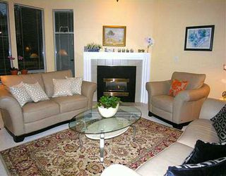 """Photo 2: 2653 FROMME Road in North Vancouver: Lynn Valley Townhouse for sale in """"CEDAR WYND"""" : MLS®# V624294"""