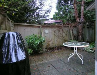 """Photo 10: 2653 FROMME Road in North Vancouver: Lynn Valley Townhouse for sale in """"CEDAR WYND"""" : MLS®# V624294"""