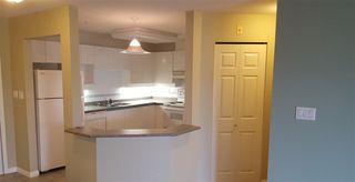 Photo 4: 305 15140 29A AVENUE in Surrey: King George Corridor Condo for sale (South Surrey White Rock)  : MLS®# R2320520