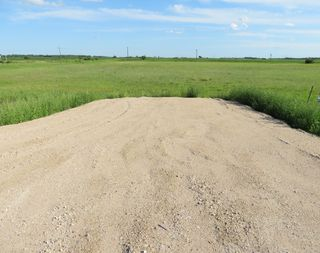 Photo 5: 0 PTH 15 Highway in Dugald: RM Springfield Vacant Land for sale (R04)  : MLS®# 202016001