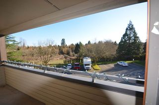 "Photo 9: 207 5224 204 Street in Langley: Langley City Condo for sale in ""SOUTH WYNDE COURT"" : MLS®# R2437914"