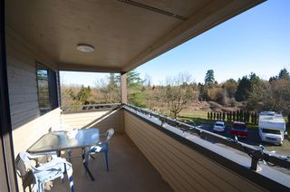 "Photo 10: 207 5224 204 Street in Langley: Langley City Condo for sale in ""SOUTH WYNDE COURT"" : MLS®# R2437914"