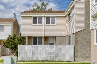 Photo 2: 5837 RIVERBEND Road in Edmonton: Zone 14 Townhouse for sale : MLS®# E4202774