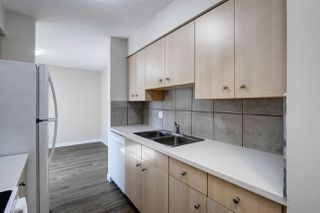 Photo 17: 5837 RIVERBEND Road in Edmonton: Zone 14 Townhouse for sale : MLS®# E4202774