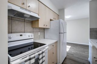 Photo 10: 5837 RIVERBEND Road in Edmonton: Zone 14 Townhouse for sale : MLS®# E4202774
