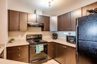 Photo 3: 3416 10 PRESTWICK Bay SE in Calgary: McKenzie Towne Apartment for sale : MLS®# A1014479