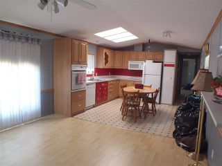 Photo 6: 8 22885 TRANS CANADA Highway in Hope: Hope Center Manufactured Home for sale : MLS®# R2482859
