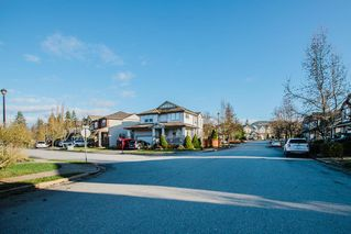 """Photo 26: 24080 HILL Avenue in Maple Ridge: Albion House for sale in """"Creeks Crossing"""" : MLS®# R2528169"""