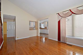 Photo 9: 26 Bluemeadow WAY in Kanata: Bridalwood House for sale (9004)  : MLS®# 900788