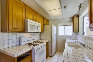 Photo 8: LA MESA House for sale : 3 bedrooms : 4654 68th St