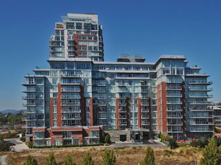 Photo 1: 407 100 Saghalie Rd in VICTORIA: VW Songhees Condo Apartment for sale (Victoria West)  : MLS®# 681099