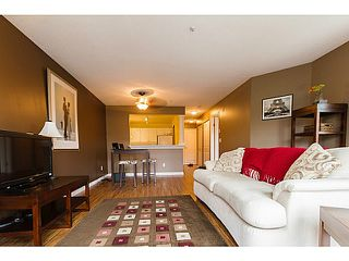 Photo 5: # 301 1655 GRANT AV in Port Coquitlam: Glenwood PQ Condo for sale : MLS®# V1080135