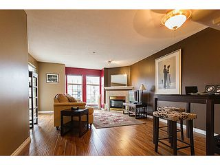 Photo 3: # 301 1655 GRANT AV in Port Coquitlam: Glenwood PQ Condo for sale : MLS®# V1080135