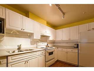 Photo 8: # 301 1655 GRANT AV in Port Coquitlam: Glenwood PQ Condo for sale : MLS®# V1080135