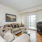 Photo 3: 33 Wallace Street Vaughan, On Condo Sold Marie Commisso