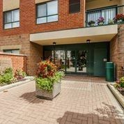 Photo 12: 33 Wallace Street Vaughan, On Condo Sold Marie Commisso