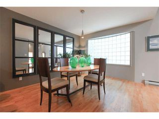 Photo 9: 3542 West 2nd Avenue in Vancouver: Kitsilano House 1/2 Duplex for sale (Vancouver West)  : MLS®# V1112652