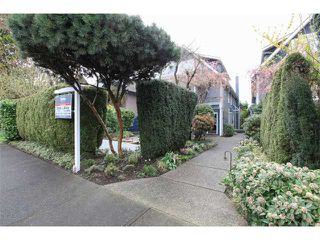 Photo 3: 3542 West 2nd Avenue in Vancouver: Kitsilano House 1/2 Duplex for sale (Vancouver West)  : MLS®# V1112652