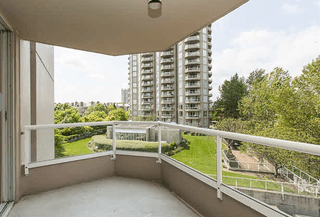 Photo 5: 406 1065 Quayside Drive in New Westminister: Quay Condo for sale (New Westminster)  : MLS®# v1122954