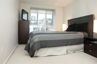 Photo 5: 302 155 E 3RD STREET in North Vancouver: Lower Lonsdale Condo for sale : MLS®# R2026333
