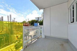 Photo 15: 208 1090 Johnson Street in Victoria: Vi Downtown Condo Apartment for sale