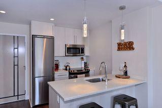 Photo 5: 208 1090 Johnson Street in Victoria: Vi Downtown Condo Apartment for sale