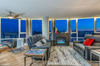 Photo 2: 3606 1033 MARINASIDE CRESCENT in Vancouver: Yaletown Condo for sale (Vancouver West)  : MLS®# R2346503