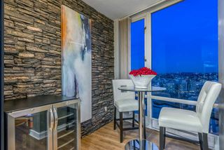 Photo 6: 3606 1033 MARINASIDE CRESCENT in Vancouver: Yaletown Condo for sale (Vancouver West)  : MLS®# R2346503