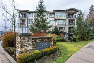 Photo 1: 412 3050 Dayanee Springs in Coquitlam: Westwood Plateau Condo for sale : MLS®# R2344015