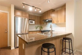 Photo 4: 412 3050 Dayanee Springs in Coquitlam: Westwood Plateau Condo for sale : MLS®# R2344015