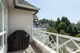 """Photo 7: 431 9979 140 Street in Surrey: Whalley Condo for sale in """"Sherwood Green"""" (North Surrey)  : MLS®# R2395133"""