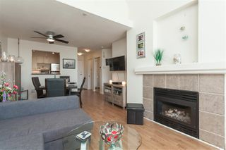 """Photo 4: 431 9979 140 Street in Surrey: Whalley Condo for sale in """"Sherwood Green"""" (North Surrey)  : MLS®# R2395133"""