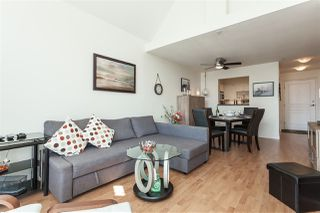 """Photo 3: 431 9979 140 Street in Surrey: Whalley Condo for sale in """"Sherwood Green"""" (North Surrey)  : MLS®# R2395133"""