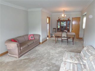 Photo 2: 287 Seven Oaks Avenue in Winnipeg: Residential for sale (4D)  : MLS®# 1926145